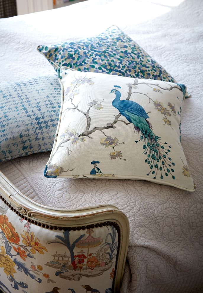 Bird Parade Patina Calluna cushions from Hillarys. Find more inspiration here: http://www.hillarys.co.uk/