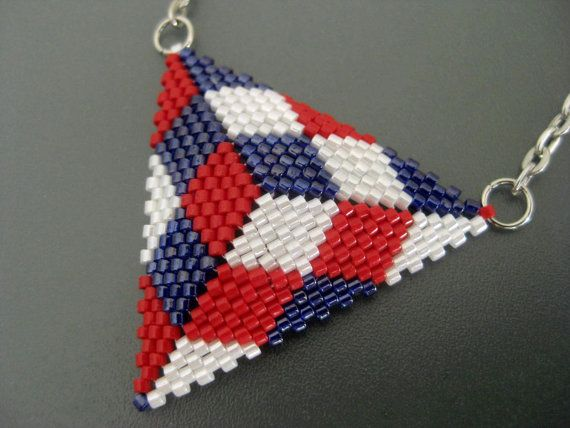 Hey, I found this really awesome Etsy listing at https://www.etsy.com/listing/507207053/independence-day-necklace-peyote