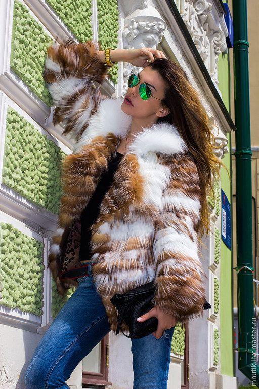 Купить Лисичка на ткани - разноцветный, в полоску, шуба из лисы, шубка, шуба, мех натуральный
