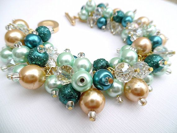 Hey, I found this really awesome Etsy listing at https://www.etsy.com/listing/250244160/teal-beaded-bracelet-mint-green-and-gold