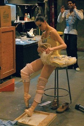 >Divertimento 15, Rosin Boxes, Tutu, Scene, Peek, Ballerinas Backstage, Beautiful Body, True Dancers, Resins Boxes