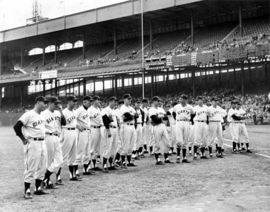 September 29, 1957 - The New York Giants final game ever at the Polo Grounds. The Giants finished the 1957 season at 62-92-1, as they left NY for the move to San Francisco.