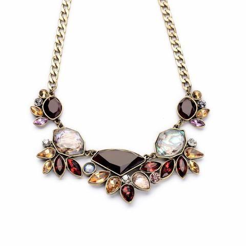 Elegant Rhinestone Pendant Necklace