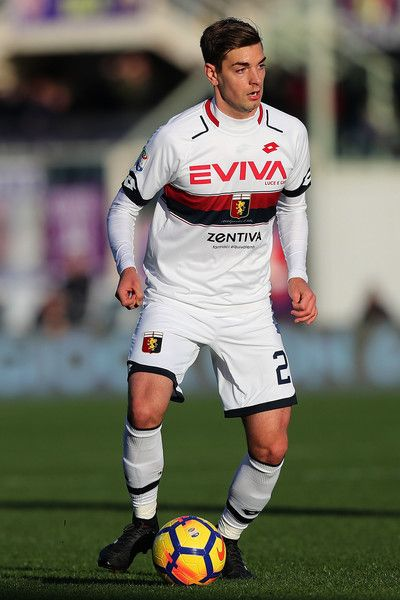 Petar Brlek of Genoa CFC in action during the Serie A match betweenACF Fiorentina and Genoa CFC at Stadio Artemio Franchi on December 17, 2017 in Florence, Italy.