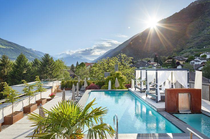 Sky-Spa Bereich mit einem 360° Panoramablick auf die Naturnser Bergwelt