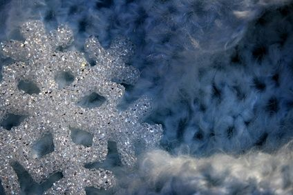 How to Make Snowflakes With Borax