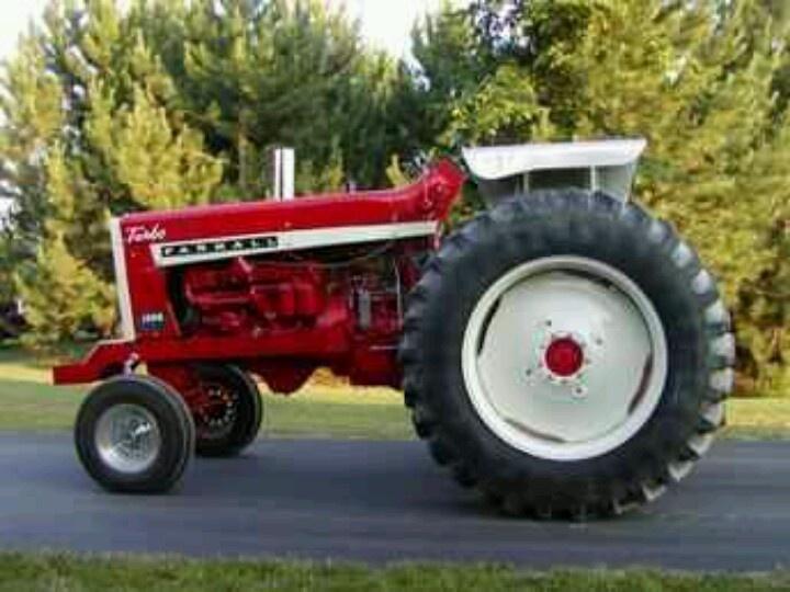 Ih Pulling Tractors : Farmall puller pinterest