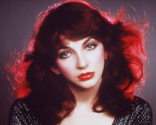 Kate Bush ( i don't know if i should pin this to hair/make up/inspire me or all of the above! an icon!)
