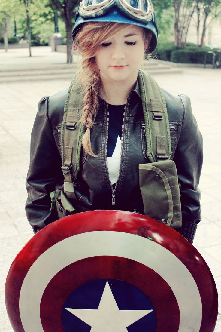 Captain America Cosplay...That's me! Check out Sisters Mischief on Facebook for more photos!