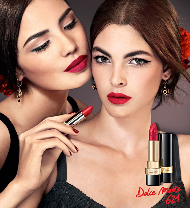 Deep, absolute red Dolce is the first Dolce&Gabbana Make Up Matte Lipstick. Perfectly opaque, it envelops a woman's lips in an intense, vivid and full-bodied red. The red you choose reflects the red you are.