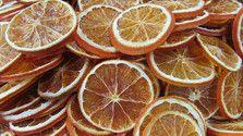Vyrábame sušené vianočné dekorácie z citrusov