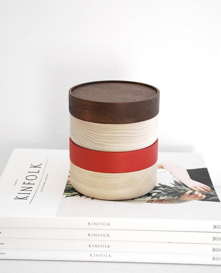 Hako wood container - Soji Collection - Small Red with kinfolk magazines