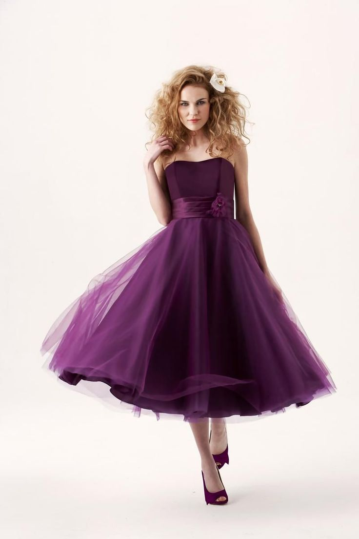 Tea-length Strapless Tulle Short Grape Bridesmaid Dress with Ribbon_2