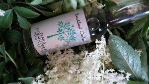 Breckland Orchard Pear & Elderflower Posh Pop. The flavour is ever so slightly floral, light and delicate and gorgeous!  It's just like summer in a sip.