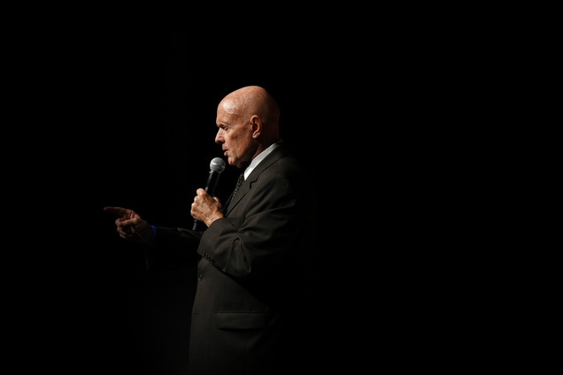 Stephen Covey, the author of 'The 7 Habbits of Highly Effective People,' has died at 79 from the residual effects of a bicycle accident in April, his family says. (via The Salt Lake Tribune; photo via AP / Gregory Bull)