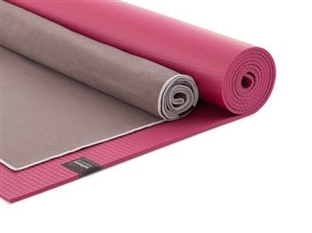 Plush Hot Yoga Kit | Together they are a sweat-hugging match made in heaven.