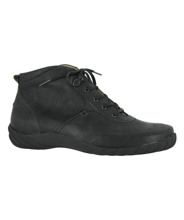 The Drew Shoes Krista Orthopedic Boots in Black offer a low cut design with  added and double depth construction to fit prescribed orthotics
