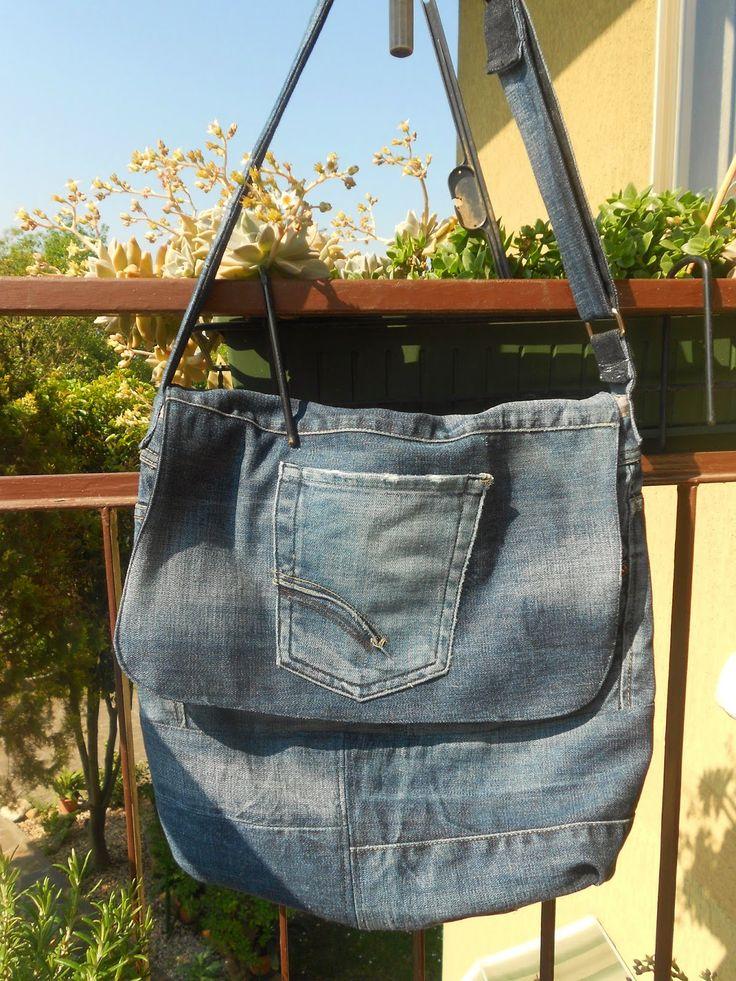 Butterfly Bags:   ...un paio di jeans rotti, trasformati in una bo...
