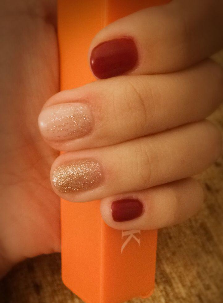 #claret #gold #autumn #fallnails #gellack #lilinails