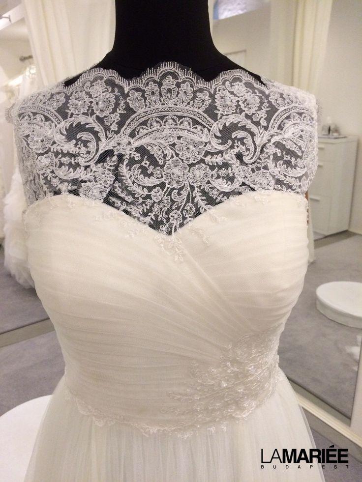 Esküvői ruha a 2014-es Almanovia kollekcióból http://lamariee.hu/eskuvoi-ruha/almanovia-2014/naiara