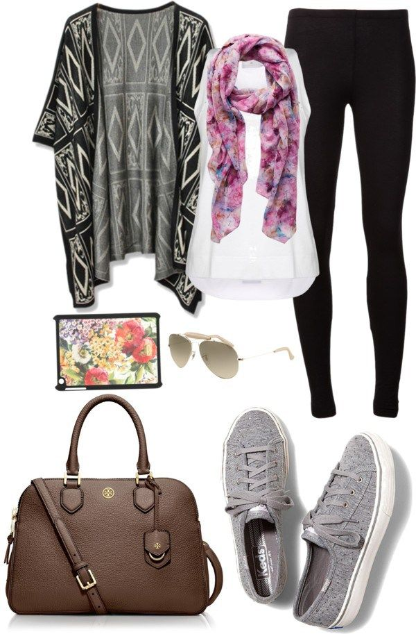comfy travel airplane outfit