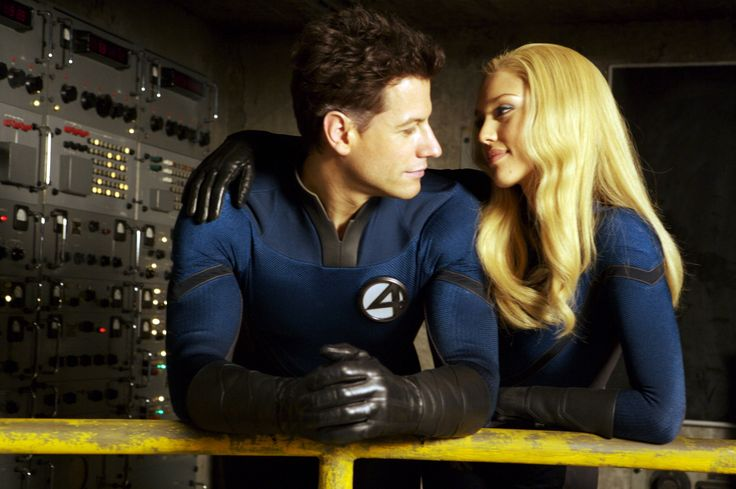 Ioan Gruffudd as Mr Fantastic/Reed Richards and Jessica Alba as Invisible Woman/Sue Storm