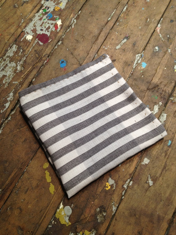 Reversible pocket square, for the holidays!