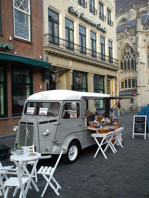 Foodtruck, Citroën HY 1600, Drie Gezusters, Breda, Noord-Brabant.
