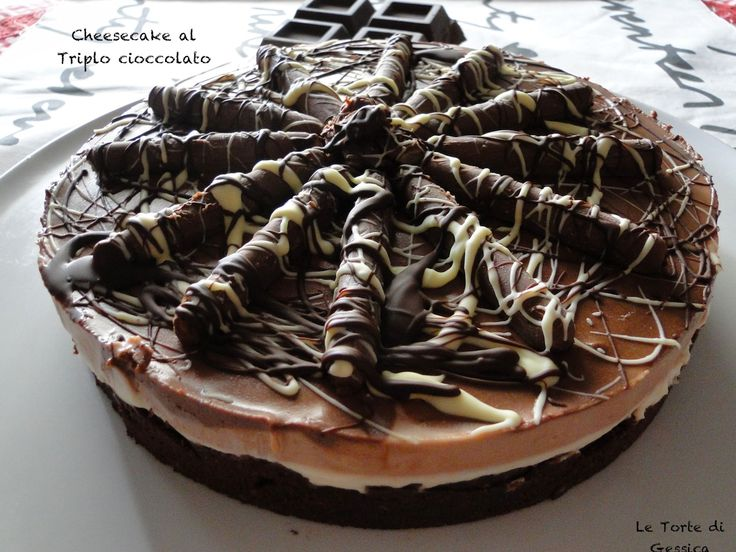 Cheesecake al triplo cioccolato - Ricetta con e senza Bimby