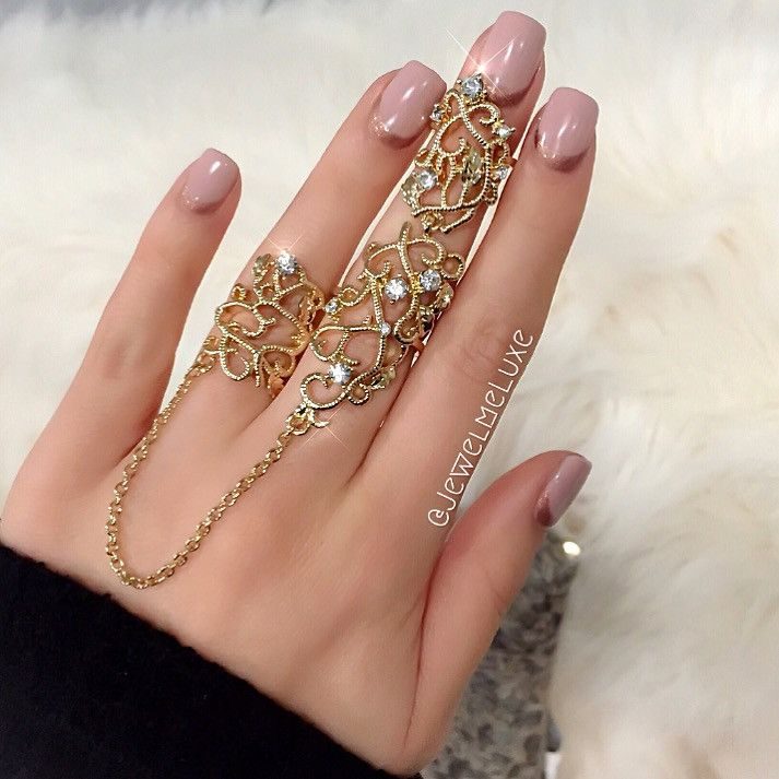'Caterina' Gold Lace Double Finger Chain Ring https://tabbasa.myshopify.com