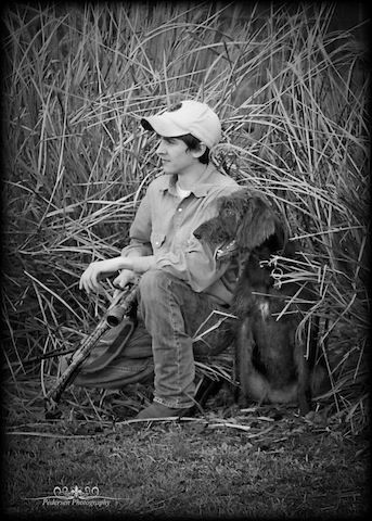 hunting senior picture ideas | Valued family hunting companion makes the senior pictures