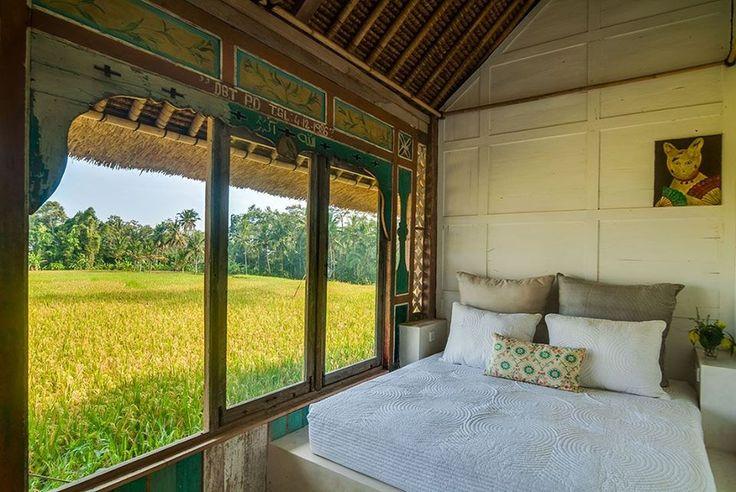 Foto: Tradicional Joglo en #Indonesia. Puedes ver mas detalles de la casa en https://goo.gl/aNbhsK)