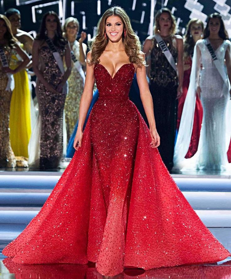Miss Universe 2016 wearing a dress by #michaelcinco I am in love  #red#beautiful#queen#france