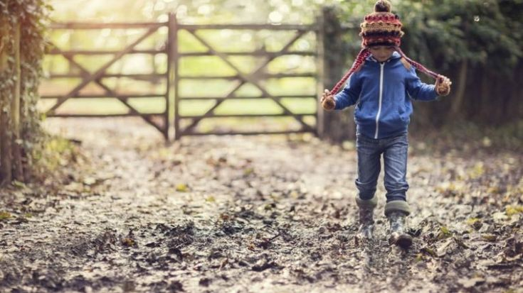 Want to keep your children healthy? You need to let them get dirty