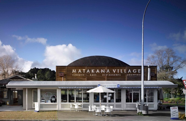 Matakana Village - Cinemas, Bars, Restaurants & Shopping