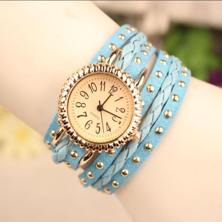 Ladies Rivet Punk Bracelet Watch Retro Multilayer Leather Watch Quartz Women Watches Relojes Mujer Relogios De Luxo Feminino