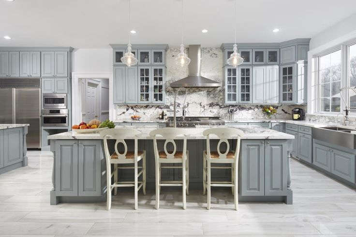 A stunning Westchester County, New York kitchen in CliqStudios Cambridge cabinets with painted Harbor gray finish.