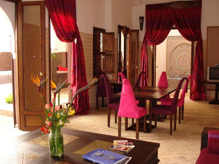 Lounge & living room