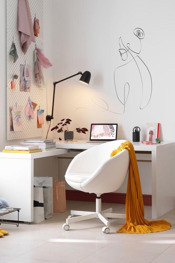 Schlafzimmer Mit Integriertem Arbeitsplatz In 2020 Zimmer