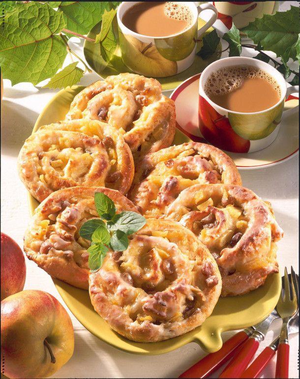 Unser beliebtes Rezept für Rosinen-Apfelschnecken (Hefeteig) und mehr als 55.000 weitere kostenlose Rezepte auf LECKER.de.