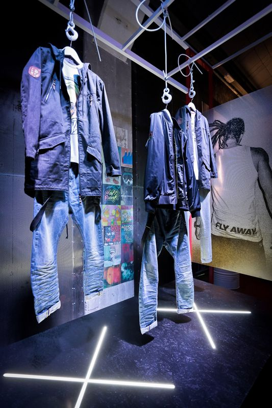 Display set for Cropp Special Collection launch