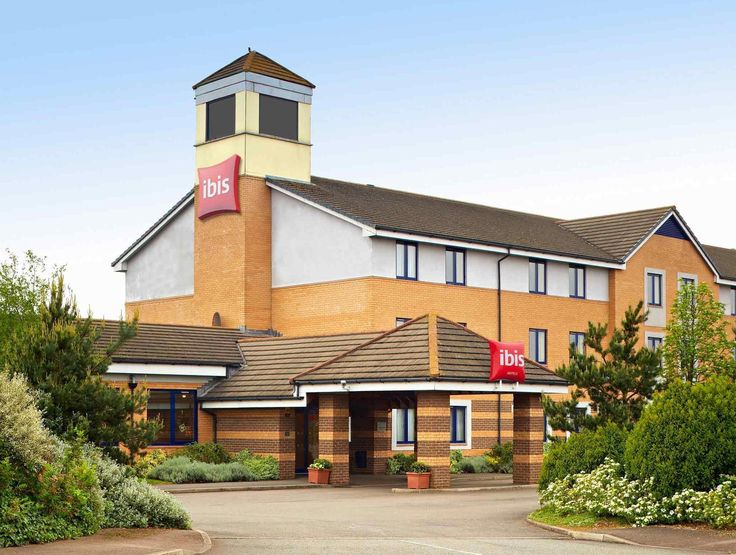 Wellingborough Ibis Wellingborough Hotel United Kingdom, Europe Ibis Wellingborough Hotel is a popular choice amongst travelers in Wellingborough, whether exploring or just passing through. The hotel offers a high standard of service and amenities to suit the individual needs of all travelers. 24-hour room service, facilities for disabled guests, business center, restaurant, bar are on the list of things guests can enjoy. Telephone, television, shower can be found in selected ...