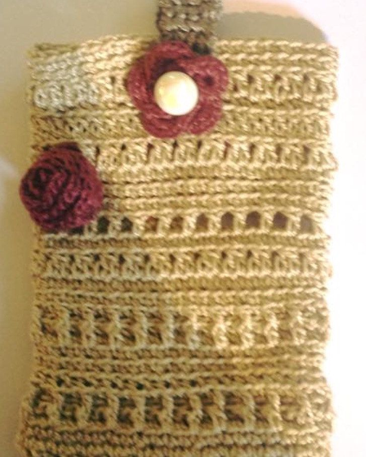 Custom made cellphone covers for any type of phone by TriSiDesign on Etsy