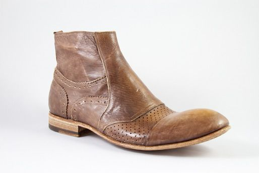 Jo Ghost Mens Designer Boots Online Toronto  SKU: 2126M DESIGNER: Jo Ghost COLOR: Brown MATERIAL: Leather SHOE TYPE: BootPRICE: $395.00 CAD  firenzeshoes.ca