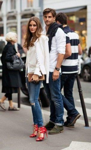 白シャツとデニムのペアルック☆おしゃれなオリヴィアカップルをキャッチ☆かわいいカップルペアルックの参考❤︎