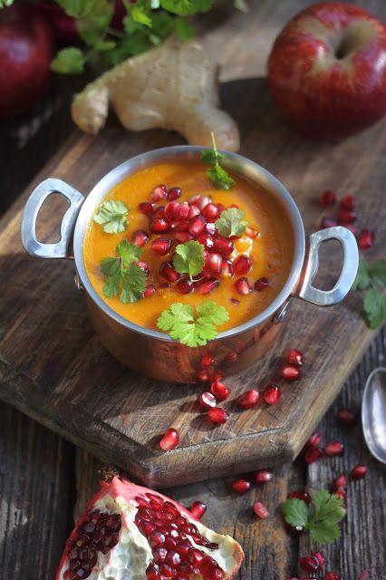 Smakowity Blog Kulinarny: Zupa dyniowa z jabłkiem i imbirem