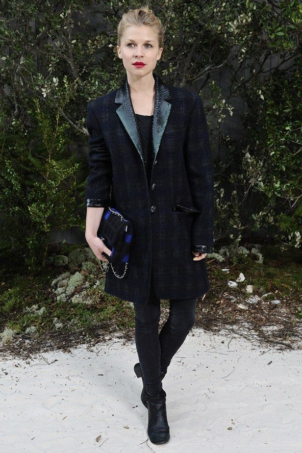 Clémence Poésy gives us Parisian chic in the subtlest of tartan coats and a red lip #tartan #plaid