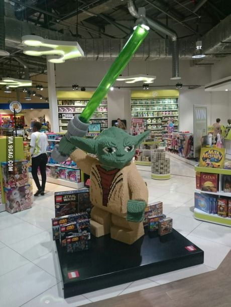 Giant LEGO Yoda found in a toy store in South Africa - Sorry no banana for scale...
