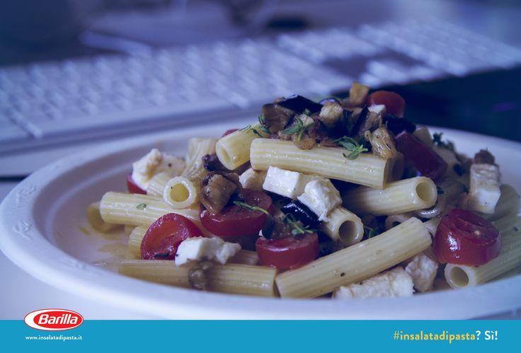 #Insalatadipasta con melanzane, pomodorini e mozzarella.