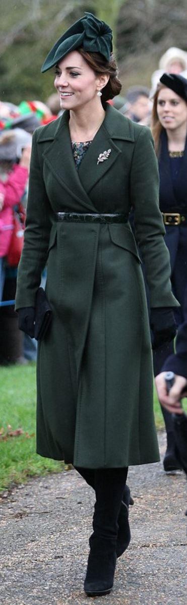 Kate Middleton: Coat – Sportmax  Dress – Great Plains  Earrings – Kiki McDonough